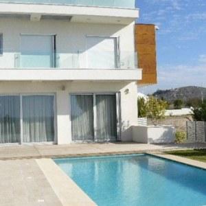 Sea-front modern villa, Le Meridien 046